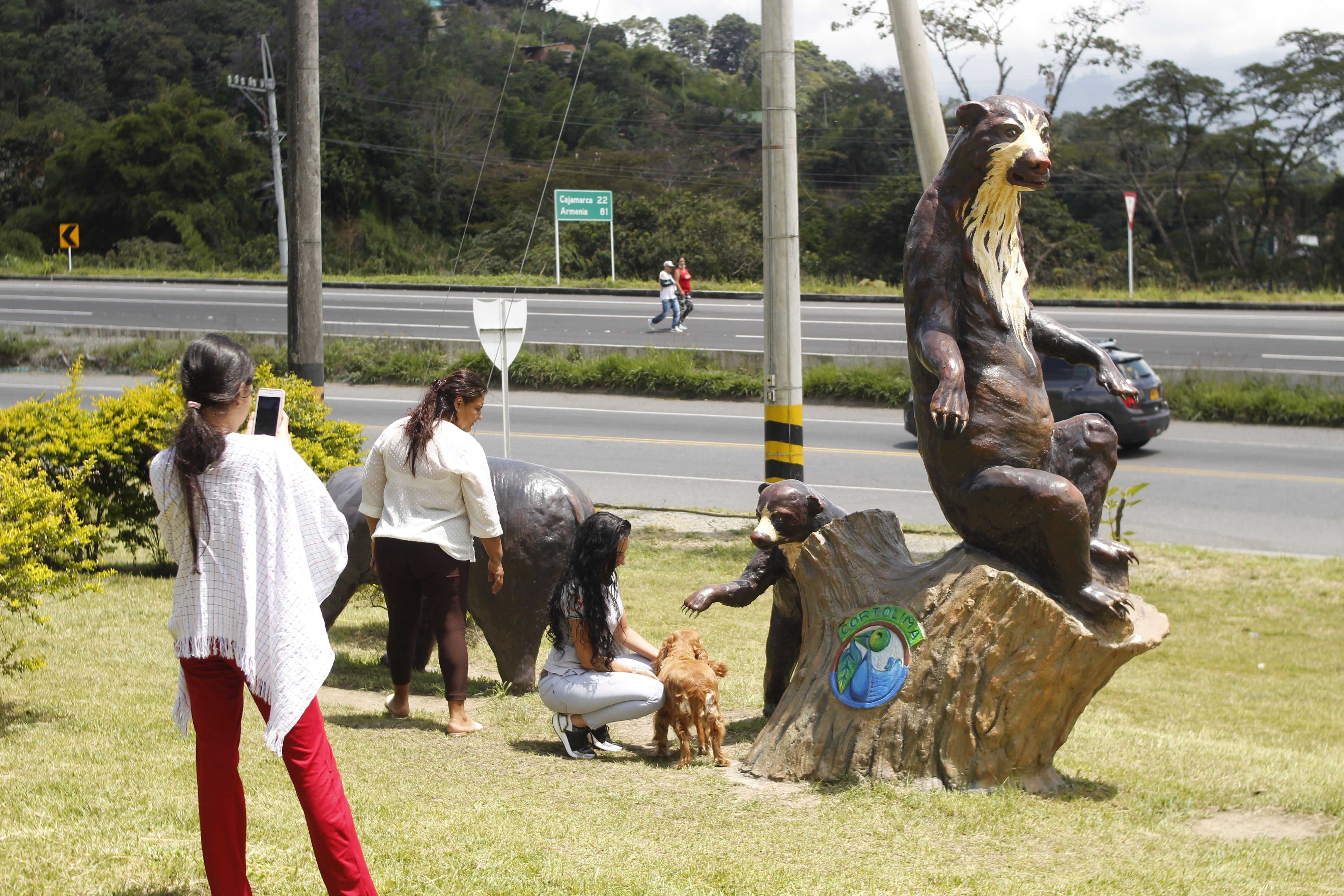 La administración Municipal recuperó monumentos alusivos a la fauna tolimense.